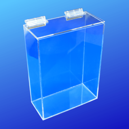 Acrylic box with a lid that closes