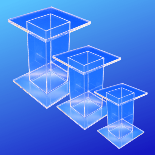 Set of 3 acrylic pedestals for displaying light-weight items
